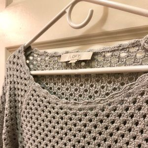 Gorgeous Grey LOFT Sweater/Like New/Chic Comfort ✨